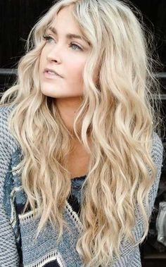 14.Long Wavy Haircut