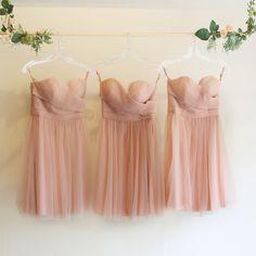オープンハートドレス・チュール(アンティークピンク)ガーデンに映えるピンクのブライズメイドドレス。  #Bridesmaid #Dress #Pink #Wedding