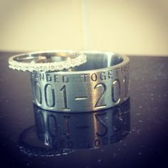 Tungsten Carbide Band 10mm Black Beveled Duck Design Ring Free Inside Engraving Fanaticcreations Pinterest Wedding Rings And Hunting