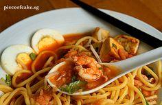 Piece of Cake: Mee Kedah (spicier version of prawn noodles)