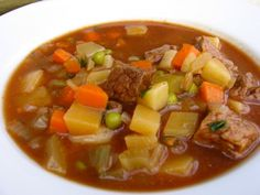 Here's a hearty beef and vegetable soup that couldn't be easier. You simply stir all the ingredients together in the slow cooker and then let it simmer away unattended. Just 213 calories and 5 Weight Watchers PointsPlus per 2-cup serving | Simple-Nourished-Living.com