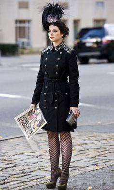 Michelle Trachenberg On Set Of The Fifth Season Of Gossip Girl 2011