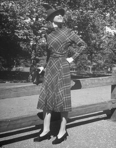 Plaid wool dress with modified dolman sleeve. US, 1938