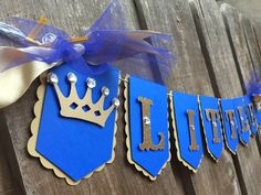 Little Prince, royal theme banner Royal blue and gold It's a boy, baby shower banner, gender reveal first birthday photo prop from Glittermama Boy Baby Shower Themes, Baby Shower Parties, Baby Boy Shower, Prince Birthday Party, Blue Birthday Parties, Royal Blue And Gold, Blue Gold, Aqua Blue, Royal Baby Showers