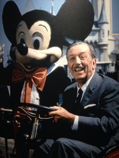 Walt Disney- who taught me that keeping the innocence and laughter of a child is the best way to live just cry now :D Disney Fan, Disney Dream, Disney Love, Disney Magic, Disney Pixar, Disney Mickey, Disneyland World, Walt Disney World, Mundo Walt Disney