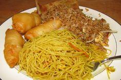 Takeout Food from Green Tea, a Chinese restaurant on Elliot Street in Newton, MA. (from http://hiddenboston.com/randomphotos/green-tea-plate.html)