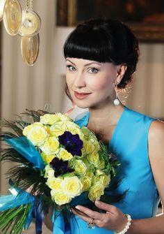 Тонкая и изящная, невероятно обаятельная, известная актриса театра и кино Нонна Гришаева