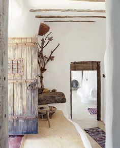 my scandinavian home: A cool white and rustic retreat on Mykonos