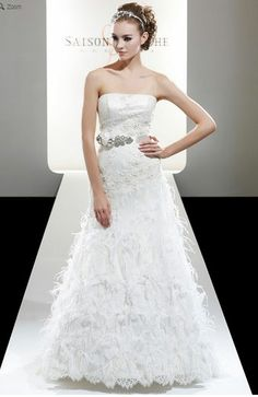 Saison Blanche Wedding Gown - Couture Collection - Style #4200