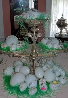 Easter is all most here. Are you ready. The 1845 Elgin/Cottrell House is.