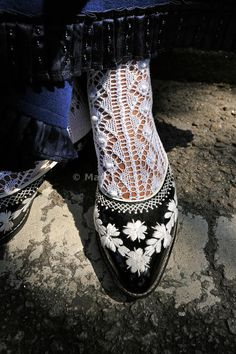 Traditional woman shoes (tamancas) made of wood, from Viana do Castelo. Portugal - Images of Portugal Portuguese Culture, Visit Portugal, Folk Costume, My Heritage, Thing 1, Traditional Outfits, Wardrobe Staples, Woman Shoes, Oxford Shoes