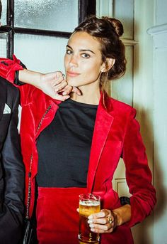 alexa chung style best outfits - Page 78 of 100 - Celebrity Style and Fashion Trends Looks Street Style, Looks Style, Tokyo Fashion, Teen Fashion, Red Velvet Suit, Red Suit, Alexa Chung Style, Alexa Chung Hair, Alexa Chung Makeup