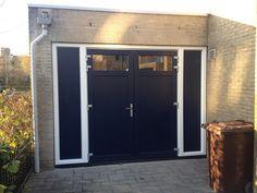 Een prachtige kunststof garagedeur in Alphen aan den Rijn