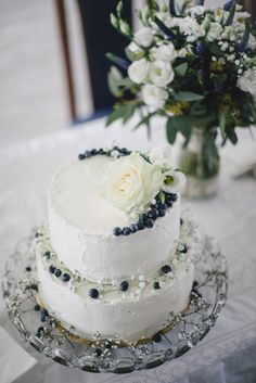 Vanilkovo-ovocný piškototový nahý dort ___  kd photo martina svatba ___ weddingcake nakedcake