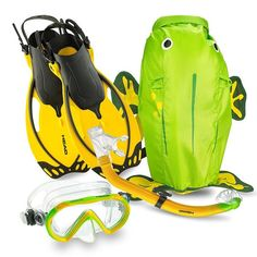 Buy Head Sea Pals Jr Dry Set from Divers Supply at the best price. Head Sea Pals Jr Dry Set comes with full Manufacturers warranty because Divers Supp Backpack Bags, Fashion Backpack, Full Face Snorkel Mask, Snorkel Set, Mask For Kids, Snorkeling, Youth, Backpacks, Sea