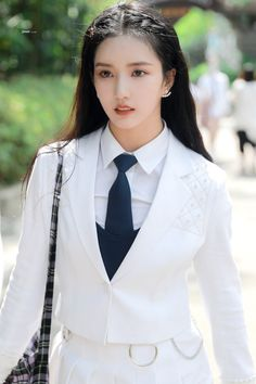 Beautiful Chinese Women, Liu, Girl Face, Girls Generation, Korean Girl Groups, Kpop Girls, Ulzzang, Eye Candy, Idol