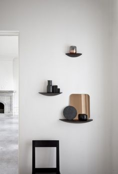 Sometimes inspiration comes in the unlikeliest of places. The idea for these floating shelves came to Norwegian design duo Gridy when they spotted shelf fung