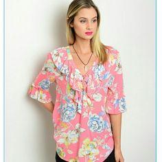 Stunning floral blouse. Stunning floral blouse. Tops Blouses