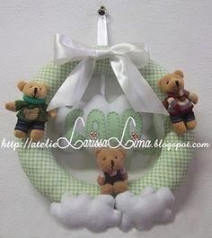 http://atelielarissalima.blogspot.com.br/p/lembrancinhas-personalizadas.html
