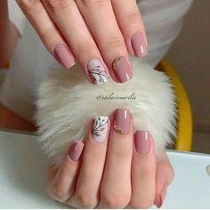 142 top class bridal nail art design for spring inspiration page 17 Elegant Nails, Classy Nails, Stylish Nails, Trendy Nails, Toe Nails, Pink Nails, Oxblood Nails, Magenta Nails, Nails Turquoise