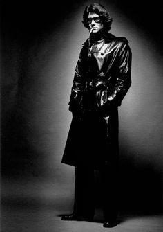 * Yves Saint Laurent, Paris, 1969 photo Jeanloup Sieff pour Vogue Italie