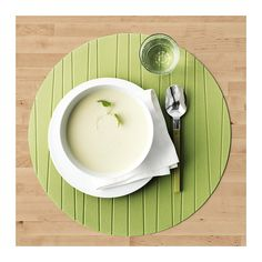 PANNÅ Place mat IKEA Protects the table top surface and reduces noise from plates and cutlery.