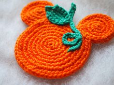 Autumn Ornament Mickey Mouse Minnie Mouse crochet pattern, The Pumpkin, Thanksgiving decoration, Autumn decoration Mickey Mouse, Crochet Gratis, Free Crochet, Crochet Fall, Crochet Christmas, Chain Stitch, Slip Stitch, Bobble Stitch, Crochet Stitch