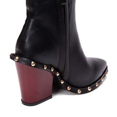 Yoins Black Rivet Embellished Short Boots with Side Zipper (3,580 INR) ❤ liked on Polyvore featuring shoes, boots, ankle booties, embellished boots, short black boots, side zipper boots, black side zip boots and side zip booties
