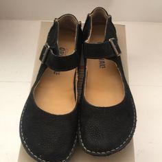 Clarks Shoes | Clarks Originals Faraway Fell Mary Jane Black S7 | Poshmark Clarks Originals, The Originals, Loafer Flats, Loafers, Witch Shoes, Mary Janes, How To Wear, Black, Fashion