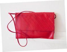 Tomato Red Leather Shoulder Bag 1970 Vintage by BelledeJourVintage