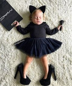 paged = 14 - www.impressionmod … paged = 14 - Monthly Baby Photos, Newborn Baby Photos, Baby Girl Newborn, 6 Month Baby Picture Ideas, Baby Girl Pictures, Photo Bb, Foto Baby, Cute Little Baby, Newborn Baby Photography