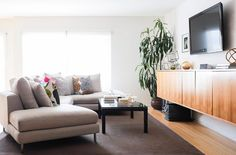 Pin For Later: This Biggest Loser Alumnau0027s Home Transformation Is Just As  Dramatic