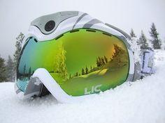 future, futuristic, snow goggles, APEX HD+, HD recording, stylish gadget, future device, smart gadgets, high-tech gadget, futuristic device https://www.facebook.com/Snowboard-Equipment-174997816033563 #snowboardingtips