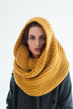 Infinity Scarf / Chunky Knit Scarf / Winter Shawl by marcellamoda
