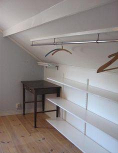 Bild från http://2.bp.blogspot.com/-XHGflg4RdLo/TcOZ0XqUa_I/AAAAAAAAA3Y/CXaGM-u2GRs/s1600/snedtaksgarderob_mangel.JPG.