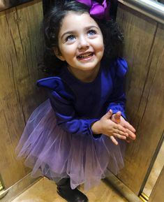 Who is Anahita Hashemzadeh the Beautiful Girl Cute Little Baby Girl, Little Girl Photos, Cute Girl Pic, Beautiful Little Girls, Beautiful Children, Beautiful Babies, Cute Baby Boy Images, Cute Kids Pics, Cute Baby Pictures
