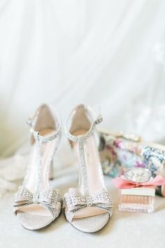Sparkly wedding shoes - silver wedding shoes with bows {Asher Gardner Photography}