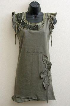 Комбинированное вязание и декор футболок / Худи, свитшоты и толстовки: идеи декора /