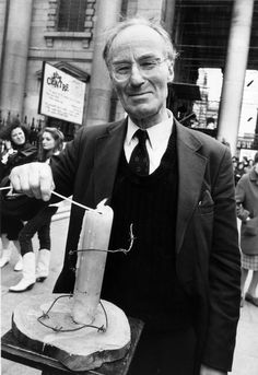 Peter Benenson, 31.7.1921-25.2.2005, was a British Jewish lawyer and the founder of human rights group Amnesty International (AI).