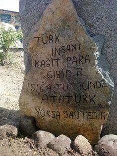 Bu yüzden Atatürk kalbimizde ölümsüz.
