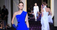 Versace abre temporada de alta-costura em Paris