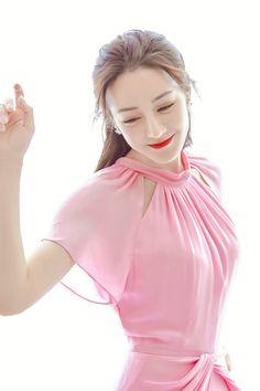 Sexy Asian Girls, Beautiful Asian Girls, Korean Beauty, Asian Beauty, Asian Celebrities, Celebs, Female Actresses, Chinese Actress, Colorful Fashion