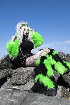 Toxic neon lime green faux fur gothic cyber punk hoody fluffy shrug and long pile fur patchwork clubwear fluffies legwarmers. Dark Fashion, Emo Fashion, Gothic Fashion, Steampunk Fashion, Gothic Corset, Gothic Steampunk, Steampunk Clothing, Victorian Gothic, Gothic Lolita