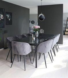 Schauen Sie sich einige inspirierende und luxuriöse Beleuchtungsideen für Esszimmer an. #moderndini ... #beleuchtungsideen #einige #esszimmer #inspirierende #luxuriose #moderndini #schauen #DiningRoomSets