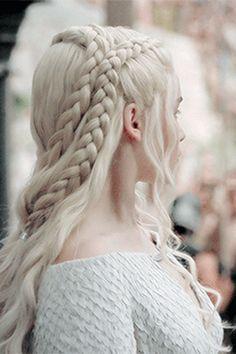 daenerys-targaryen-meereen-hair-angle.jpg (800×1200)