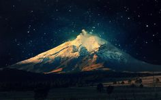 Mountain under night sky ... a damn good pic