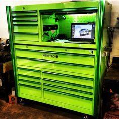 Matco Tool Box, Truck Tool Box, Garage Tool Storage, Workshop Storage, Garage Tools, Garage Shop, Garage Workshop, Small Bathroom Organization, Tool Organization