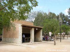 El parque de Les Cansalades (barbacoas)
