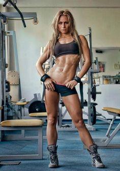 Female Form #StrongIsBeautiful  #Motivation  #WomenLift2