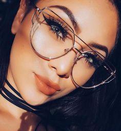 599a8c65b Óculos de grau feminino armação metálica dourada prateada redonda  geométrica #oculos #oculosdegrau #oculosdourados